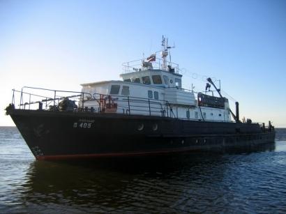 Корабль на Лене