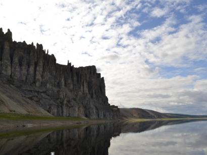 Гора Yнкээбил